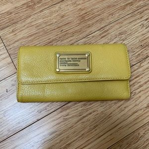 Marc Jacobs mustard leather wallet